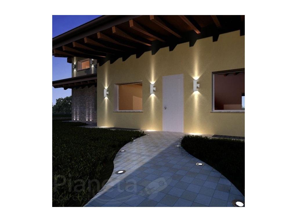 Applique doppia emissione esterno casa illuminazione for Leroy merlin illuminazione esterno